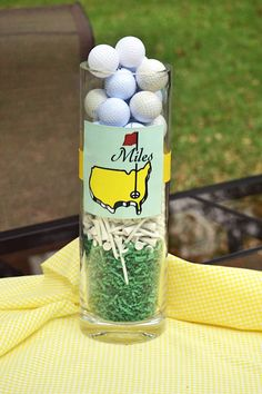 Cute golf themed party decor at Nico and LaLa: It's Masters Friday!!!