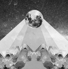 #Repost @astral_facts  #RadiografíaLunar Hace unos minutos la Luna entró en #Virgo y continúa en calidad de llena recuerda que ayer tuvimos el #eclipse de #LunaLlena en #Leo. Cómo aprovechamos la Luna en #Virgo?  Estas son algunas ideas: Observar cuánto te criticas y aplicar mucho amor. La aceptación es la mejor medicina.  Practicar un hobbie.  Tener conversaciones que requieren análisis. Observar tus rutinas y hacer cambios.  Toma mucha agua. Sal a caminar.  Haz voluntariado.  Revisa…