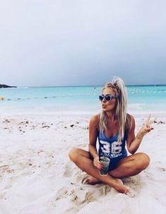 Tranquila en la playa