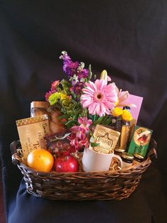 Breakfast Basket for One with live Bouquet of Flowers.