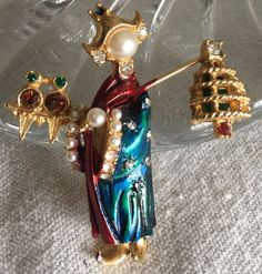 Most collectible besides the Christmas tree pins are the Maltese crosses and the enameled daisy jewels; but the hardest to find pieces are decadent rhinestone sets that are very similar to Florenza jewelry. | eBay!