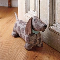 its a doorstop. its cute. and it's name in max!