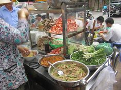 The Lunch Lady - Saigon, Vietnam http://www.laurenbercarich.com/2011/08/lunch-lady-serving-soup-in-ho-chi-minh.html