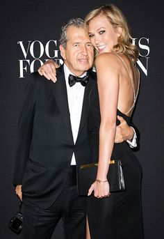 Legendary photographer Mario Testino and supermodel Karlie Kloss attended the Vogue Foundation Gala as part of Paris Fashion Week. We love Karlie's new blonde locks!