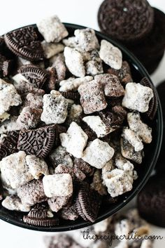 Cookies N' Cream Muddy Buddies #chocolate #sweet #snack