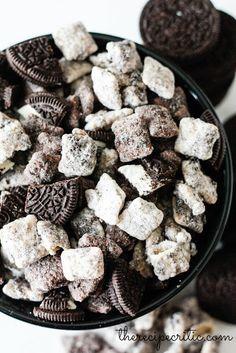 Cookies N' Cream Muddy Buddies #chocolate #sweet #snack