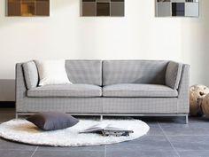 FLYMEe Noir DUKE 3P SOFA Outdoor Sofa, Outdoor Furniture, Outdoor Decor, Circle Rug, White Walls, Duke, Couch, Home Decor, Off White Walls