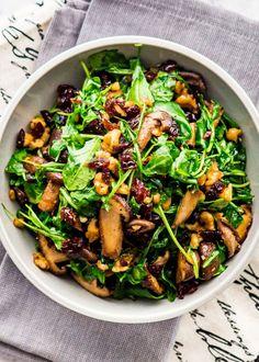 Vegetarian Mushroom Recipes, Arugula Salad, Baby Arugula, Wildly Delicious, Warm Salad Recipes, Creamy Pasta Dishes, Mushroom Salad, Easy One Pot Meals, One Pot Pasta
