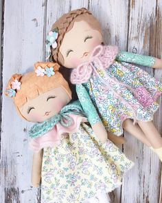 Just the sweetest lil Spring friends #littledollycollection #lollypoppets #spuncandydolls #handmadedolls #handmadetoys #fabricdolls