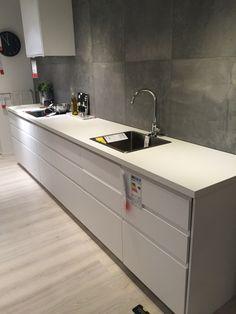 Vitt kök Ikea Kitchens, Home Decor, Decoration Home, Room Decor, Kitchen, Cuisine, Home Interior Design, Cucina, Home Decoration