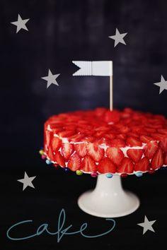 {Strawberry, Festival & Stars} Jordgubbar, kalas & stjärnor | Helt enkelt