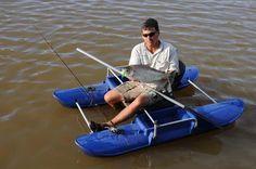 Small Pontoon Boats, Kayak Boats, Small Boats, Fishing Pontoon, Fly Fishing, Boat Table, Boat Pics, Boat Building, Catamaran