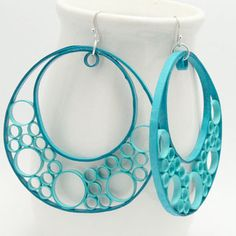 58............... Quilled Earrings! I love this idea!  by Kuala Lumpur (Honeyshive on Etsy - click image to see shop)