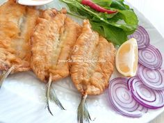 yetur'la lezzet kareleri: alaçatı usulü balık Fish Dishes, Seafood Dishes, Fish And Seafood, Fish Recipes, Meat Recipes, Snack Recipes, Snacks, Healthy Meals To Cook, Breakfast Items