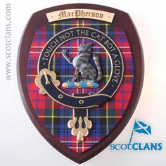 MacPherson Extra Large Clan Crest Wall Plaque. Free worldwide shipping available.