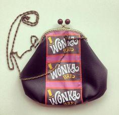 Wonka LeT bag http://it.dawanda.com/product/60445491-pochette-clutch-stile-vintage-in-seta-blu-navy
