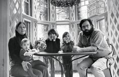 Coppola-- Francis Ford Coppola with his wife Eleanor and children Sofia, Gian-Carlo, and Roman Sofia Coppola, Gq, Peggy Sue Got Married, George Burns, Country Magazine, San Francisco Houses, Francis Ford Coppola, Rich Family, The Godfather
