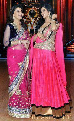 Sridevi & Madhuri Dixit Together on Jhalak Dikhhla Jaa Sets! Vintage Bollywood, Indian Bollywood, Bollywood Fashion, Bollywood Actress, Bollywood Stars, Indian Bridal Wear, Indian Wear, Indian Style, Indian Dresses
