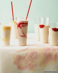 Afternoon Snack: Strawberry-Banana Summer Shake (With Tofu!): Vitamin G