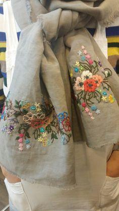 Oh la la lesage Embroidery Suits Punjabi, Embroidery Suits Design, Creative Embroidery, Hand Embroidery Designs, Embroidery Patterns, Embroidered Cushions, Embroidered Clothes, Embroidery Scarf, Scarf Design