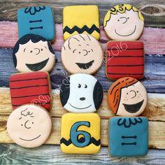 Charlie Brown Snoopy cookie