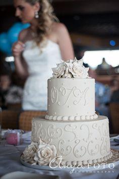 2 tier wedding cake, white rose wedding cake, sugar flowers, swirl wedding cake, cake detail
