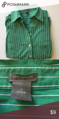 Ann Taylor green and white long sleeve button up Ann Taylor green and white long sleeve button up Ann Taylor Tops Button Down Shirts