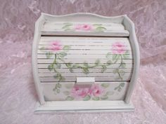 ROLL TOP RECIPE BOX hp roses chic shabby vintage cottage wood pink hand painted #VINTAGEROLLTOP #SHABBYROMANCE