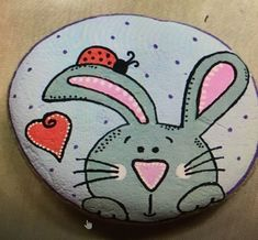 Easter Bunny Rock ~ Easter rock painting ideas for beginners. Rock Painting Patterns, Rock Painting Ideas Easy, Rock Painting Designs, Stone Art Painting, Pebble Painting, Pebble Art, Painted Rock Animals, Painted Rocks Kids, Rock Crafts