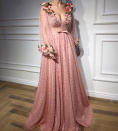 Buy Floral Long Sleeve Pink Prom Dresses, Pearl Beaded V Neck Formal Dresses uk in uk.Rock one of the season's hottest looks in a burgundy homecoming dress or choose a timeless classic little black dress. Formal Dresses Uk, Fancy Prom Dresses, Burgundy Homecoming Dresses, V Neck Prom Dresses, Tulle Prom Dress, Pretty Dresses, Beautiful Dresses, Wedding Dresses, Casual Dresses
