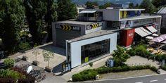 Die ARGEkultur führt als größtes unabhängiges Kulturzentrum Salzburgs zeitgenössische Kunst und Kultur in einzigartiger Weise zusammen. Sie agiert als Veranstalterin und Produzentin für zeitgenössische, innovative und gesellschaftskritische Kultur. Als Kommunikations- und Produktionsstätte – auch für zahlreiche Initiativen und Gruppen – positioniert sich die ARGEkultur als Treffpunkt und Arbeitsplatz für aktuelles kulturelles Schaffen in Salzburg.