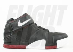 Lebron 2, Nike Lebron, Nike Basketball Shoes, Nike Shoes, Classic Sneakers, High Top Sneakers, Popular Sneakers, Flight Club, Jordan Shoes