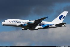 Malaysia Airlines 9M-MNB Airbus A380-841 aircraft picture