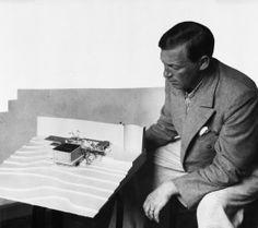 Pienoismallit Alvar Aallon ateljeessa. Scale models from the Alvar Aalto Museum's collection. Studio Aalto. 24.4.–15.9.2013.