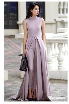 The perfect formal set . Satin faired pleated kurta with pants Look Fashion, Hijab Fashion, Fashion Dresses, Evening Dresses, Prom Dresses, Formal Dresses, Wedding Dresses, Wedding Jumpsuit, Prom Jumpsuit