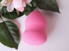 The Swissco Precision Blending Sponge - Bright Pink - Chantell Clark I Heart Makeup, Beauty Makeup, Hair Beauty, Blending Sponge, Bright Pink, Lifestyle Blog, About Me Blog, Fans, Fashion