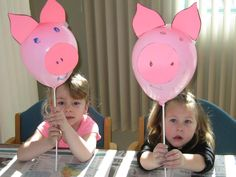 made at preschool group, very cute (it can be hard to get balloons to stay on stick and ears to stay on top) Pig Crafts, Farm Crafts, Animal Crafts, Preschool Activities, Toddler Crafts, Crafts For Kids, Farm Animals Preschool, Cowboy Theme Party, Balloon Crafts