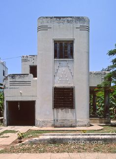 Side view of Art Deco house, Havana, Cuba
