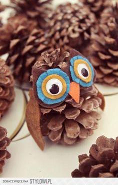 Felt and Pinecone OWLS!