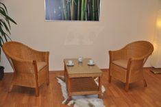 Biozaváranie – konzervovanie na prírodný spôsob | Urob si sám Dining Table, Furniture, Home Decor, Decoration Home, Room Decor, Dinner Table, Home Furnishings, Dining Room Table, Home Interior Design