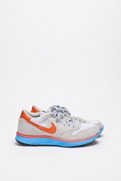 Nike Epic Vintage Lunar NRG Grey