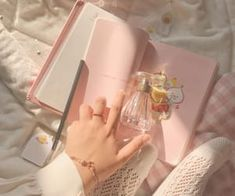 Image about pink in 🎀pastel grunge🎀 by maddi🕊 Baby Pink Aesthetic, Peach Aesthetic, Korean Aesthetic, Aesthetic Colors, Aesthetic Photo, Aesthetic Pictures, Pastel Grunge, Pastel Pink, Aesthetic Backgrounds