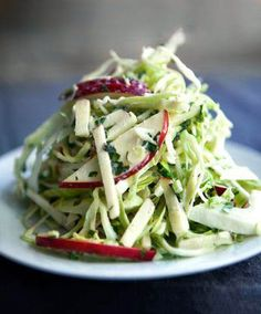 Watch Not-So-Classic Apple Slaw by Hugh Acheson Clip - Panna Cooking Hacks Food Network Recipes, Cooking Recipes, Healthy Recipes, Cooking Hacks, Healthy Salads, Kitchen Recipes, Southern Coleslaw, Apple Slaw, Eating Clean