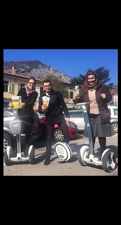 Jehovah Witnesses Door to door witnessing on Segways in Slovenia. :) And the brother in the middle has a scooter of some kind. Public Witnessing, Jw Humor, Kingdom Hall, Jehovah S Witnesses, Matthew 24, Bible Truth, Happy People, Heavenly Father, Good News