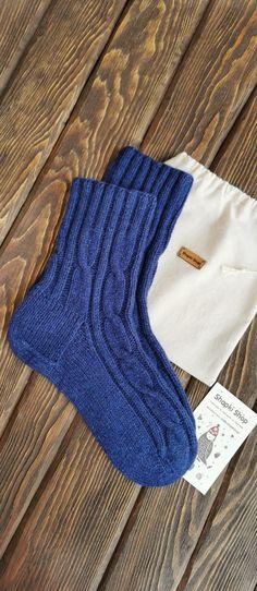 Knit Socks, Knitting Socks, Projects To Try, Stockings, Shopping, Bedroom Cabinets, Socks, Panty Hose, Sock