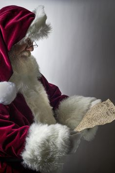 Santa's reading a Christmas wish list. Merry Christmas To All, Christmas Scenes, The Night Before Christmas, Christmas Time Is Here, Father Christmas, Christmas Pictures, Christmas Colors, Christmas Art, Christmas Greetings