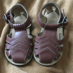 Children's play school leather shose Leather upper balance and man made material size 5 shoe Playskool Shoes Sandals