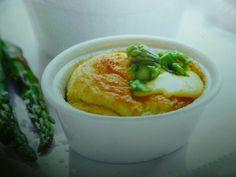 ricette con le uova - soufflè dei morbidissimi e gustosi soufflè un modo per servire gli asparagi una ricetta adatta ad ogni occasione