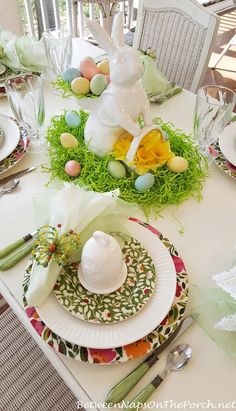 table.quenalbertini: Spring Easter Tablescape | BNOTP