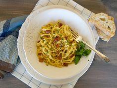 Dinner can be quick and oh so easy: pasta alla Carbonara #recipe #pasta